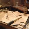 <h3>Le bureau de Crochet, situé dans la proue du bateau</h3>