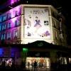 <h3>Affiche sur la façade du magasin BHV rue de Rivoli (75001)</h3>